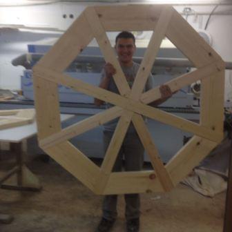 בניית גלגל מים לגן הבוטני בירושלים