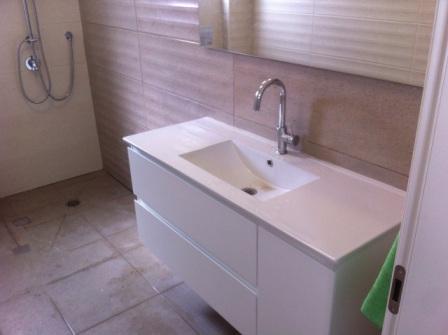 מקלחת לאחר שיפוץ הדירה