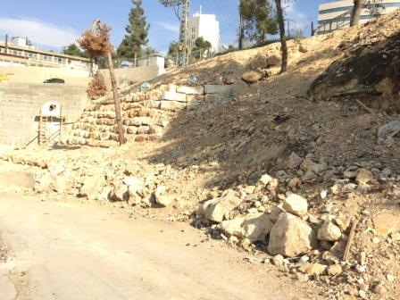 שיפוץ ובניית קיר תמך ביהח הרצוג בירושלים